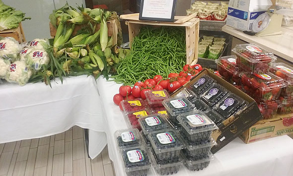 Photo of produce for corporate dining farmers market