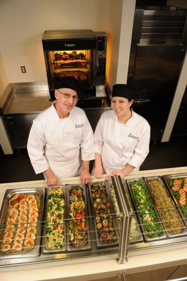 Photo of corporate dining services employees in Café Services food service account.