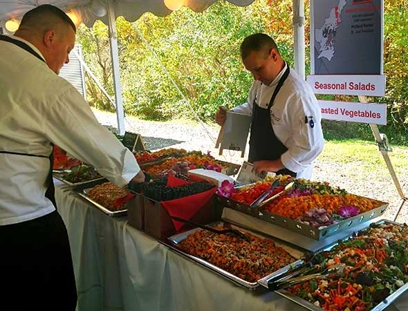 Photo of outdoor corporate dining catered event