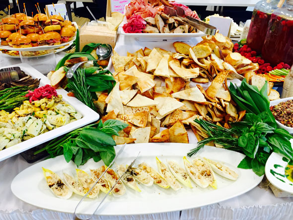 Have Your Corporate Catering and Your Corporate Food Service Too